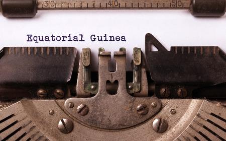 Inscripción hecha por vinrage máquina de escribir, país, Guinea Ecuatorial