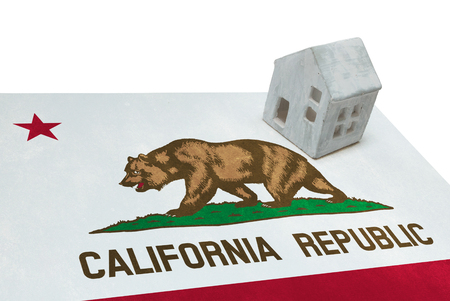 Small house on a flag - Living or migrating to California