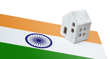 Small house on a flag - Living or migrating to India