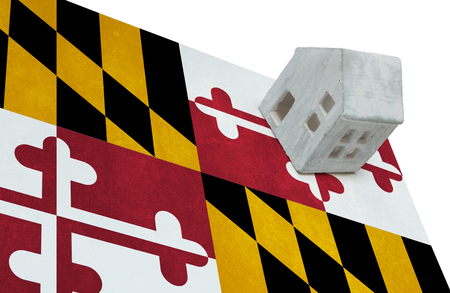 Small house on a flag - Living or migrating to Maryland