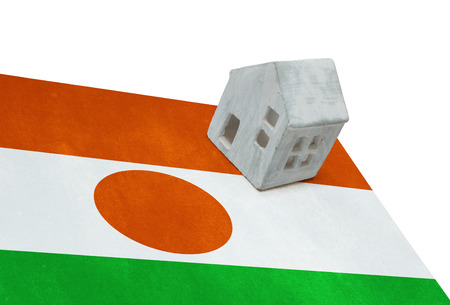 Small house on a flag - Living or migrating to Niger