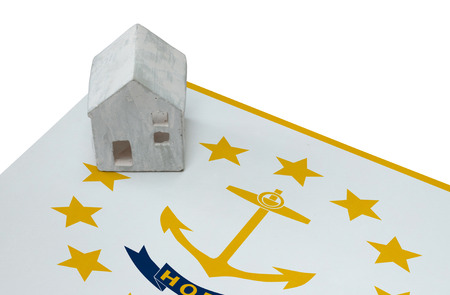 investment real state: Small house on a flag - Living or migrating to Rhode Island