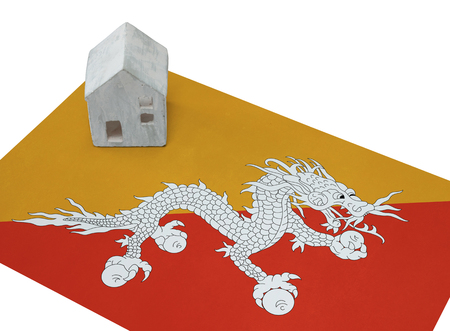 realestate: Small house on a flag - Living or migrating to Bhutan