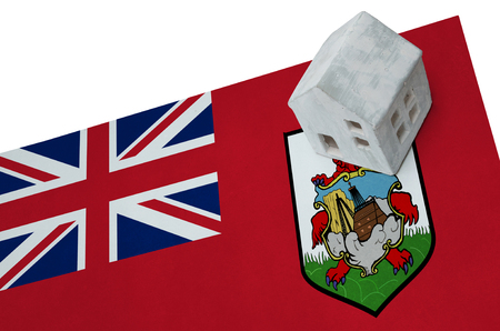 Small house on a flag - Living or migrating to Bermuda