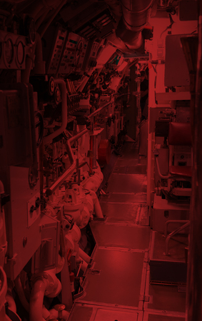 Interior of an old submarine - Limited space and lots of equipment - Door Banque d'images