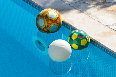 Balls in the pool - Private pool in Greece