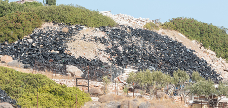 Pollution in Greece - Rubble left in nature Banque d'images