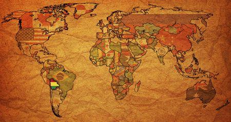 bandera de bolivia: Antiguo mapa pol�tico del mundo con la bandera de bolivia