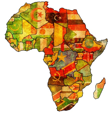 continente africano: Uni?fricana en el mapa pol?co de ?ca real de frica con las banderas Foto de archivo