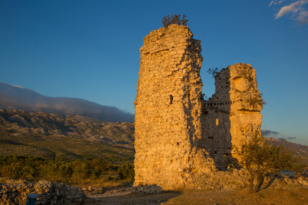 Old medieval fort Vecka kula tower in Croatia 版權商用圖片
