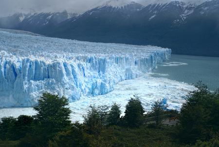 perito moreno: Panoramic view of Perito Moreno Glacier in Argentina