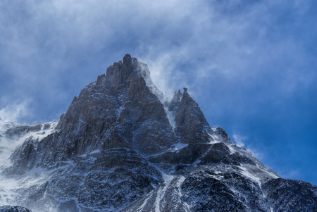 los glaciares: Magnificent view of snow-covered mountain peak in Los Glaciares National Park