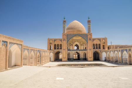 Hermosa mezquita Agha Bozog en la ciudad de Kashan, Irán Foto de archivo - 35843847