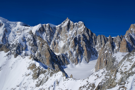 blanche: Breathtaking view of snowy mountains from the top in Valle Blanche