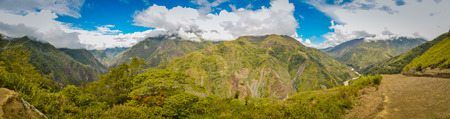 Nuova Guinea: Panoramic view of mountains in Dani circuit near Wamena, Papua, Indonesia. In this region, one can only meet people from isolated local tribes.
