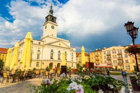 Old town square an town hall building in city of Kalisz, Poland Zdjęcie Seryjne