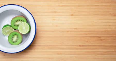 kiwi and lime fruit containing vitamin c 免版税图像