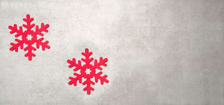 Christmas decoration red snowflakes over winter background 免版税图像