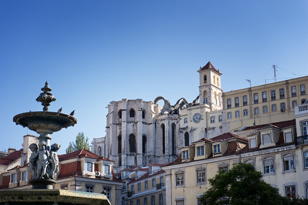carmo: View of Carmo Church in Lisbon, Portugal.