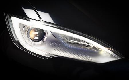 Die Tesla (Modell S) Scheinwerfer, verwendet man softbox es zu beleuchten. Standard-Bild