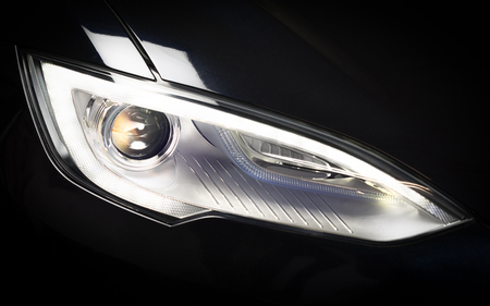The Tesla (model S) headlight, used one softbox to light it.
