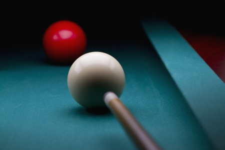 Carom billiards straigh single shot