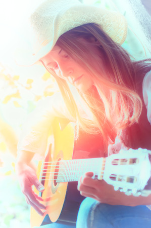 pop idol: folk singer girl