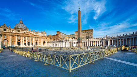 st peter s square: ROME, ITALY-March 24.2015: Panorama of St. Peter