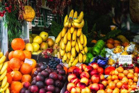 abundant: Stall at the fruit market in Italy