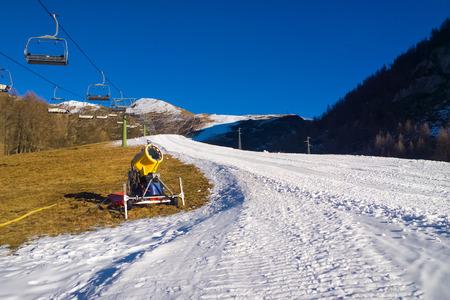 ski resort: Snow cannon off to hot temperatures in the ski resort Stock Photo