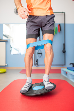 Proprioception with tablet. Exercise in therapeutic studies.