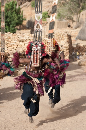 The better known Kanaga and Sirige masks are followed in the dama ceremony by masks that evoke the behavior of some of the animals that inhabit the regions where the Dogon live and hunt.