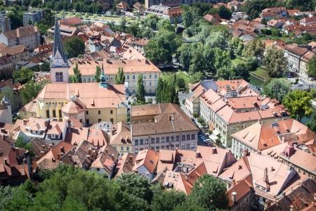 Top kilátás a régi város Ljubljana, Szlovénia