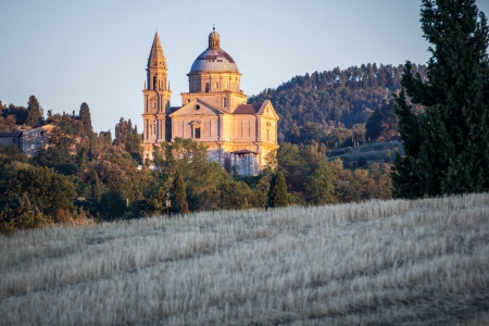 The renaissance San Biagio church sunlit at sunset, Montepulciano, Tuscany, italy  Banque d'images