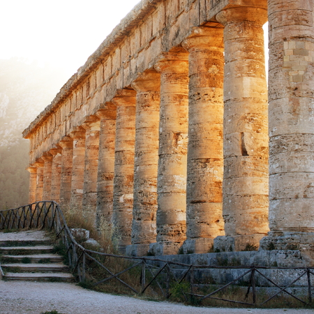 Side view of Temple of Segesta Stock Photo