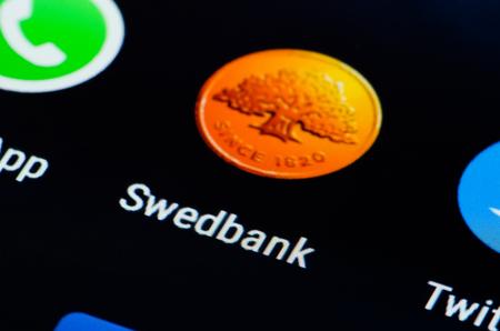 Swedbank app for smarthphone Redakční