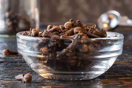 Whole Cloves in an Ingredient Bowl Reklamní fotografie