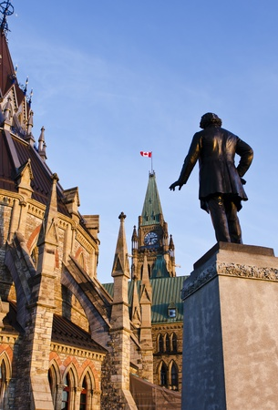 The Library, the Peace Tower and the statue of Thomas D photo