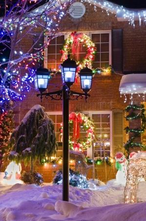 Urban christmas scene in suburbia.