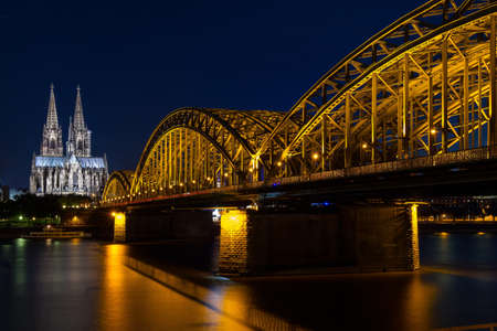 Hohenzollern Bridge & Cologne Cathedral, Cologne Reklamní fotografie