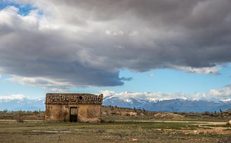 abandoned: abandoned old barn