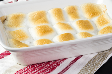semisweet: Close up of fresh cooked smores dip in casserole dish. Stock Photo
