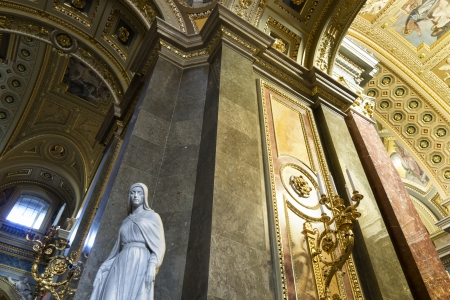 saint stephen cathedral: Interior of St. Stephens Basilica, Budapest, Hungary