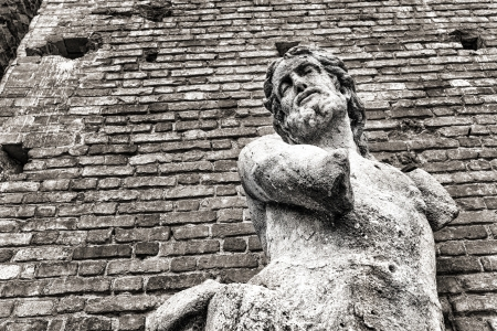 Statue of man with no hands, Sforza photo