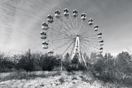 urals: Wasteland and abandoned Ferris wheel, Pervouralsk, Urals, Russia