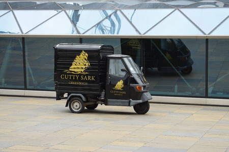 Piaggio 3-Wheeler - Greenwich, Great Britain - 08042015 - advertising for the museum ship Cutty Sark