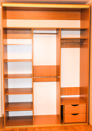 Home wardrobe without sliding doors