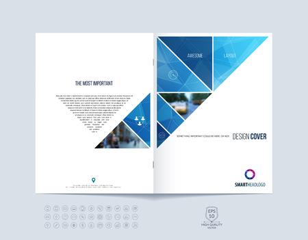 Brochure template lay-out, hoesontwerp jaarverslag, tijdschrift, flyer of boekje in A4 met blauwe dynamische driehoekige geometrische vormen op veelhoekige achtergrond. Vector Illustratie.