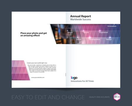 Brochure sjabloon lay-out, cover ontwerp jaarverslag, tijdschrift, flyer, folder in A4 met paarse blauwe driehoekjes voor zaken, technologie en wetenschap met overlay transparantie-effect. Vector.