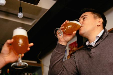 binge: Binge drinking beer in pub